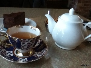 カップと紅茶